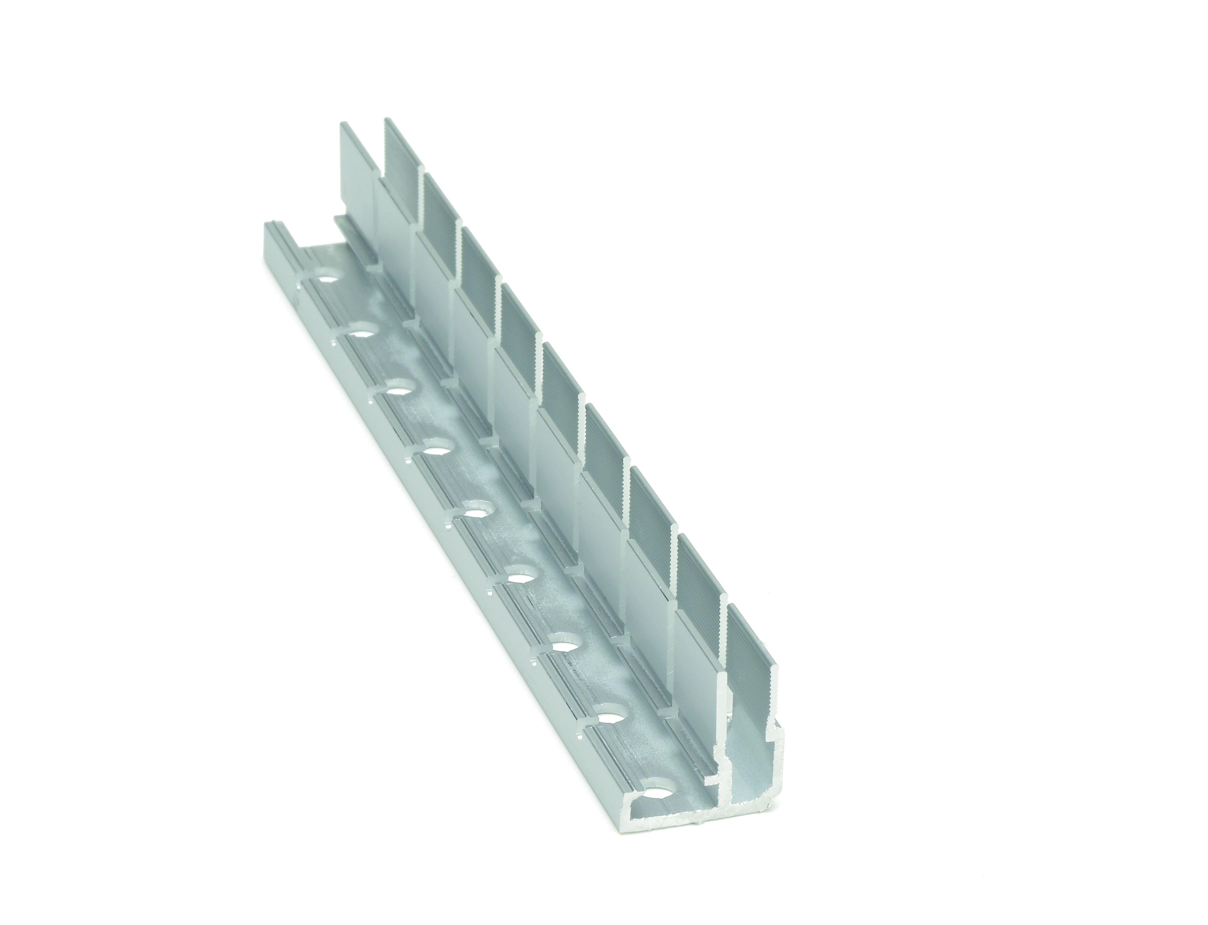 Deckenprofil 5 EX eingesägt vertikal